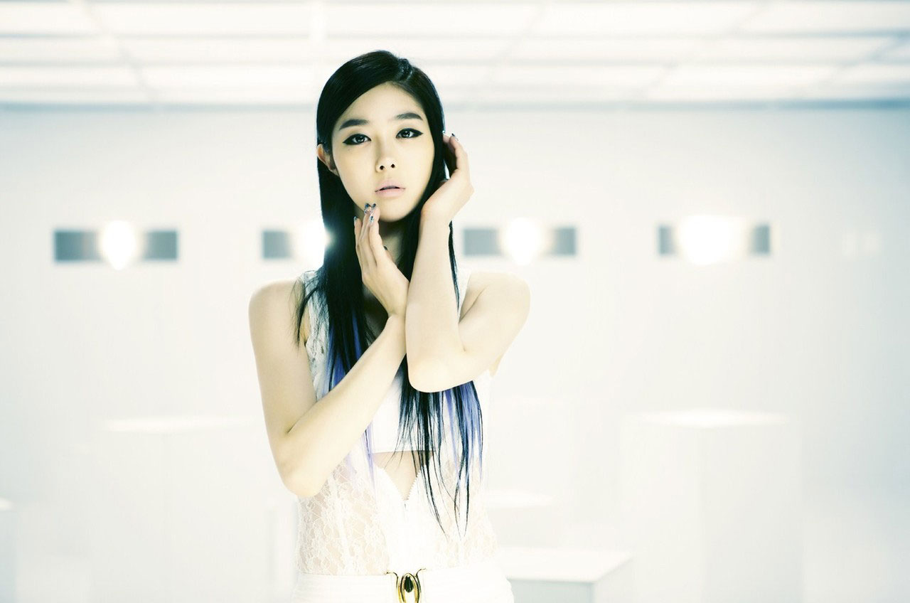 Korean girl group Gangkiz Sooeun Mama