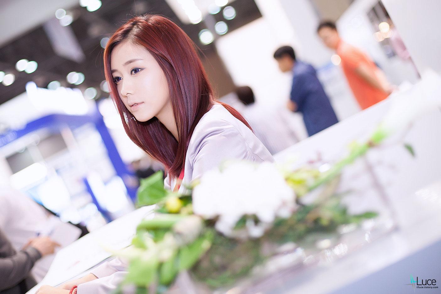 Kim Ha Yul Korea Electronics Show 2012 LG