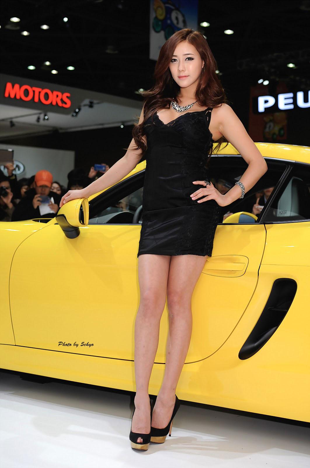 Kim Ha Yul Porsche Seoul Motor Show 2013