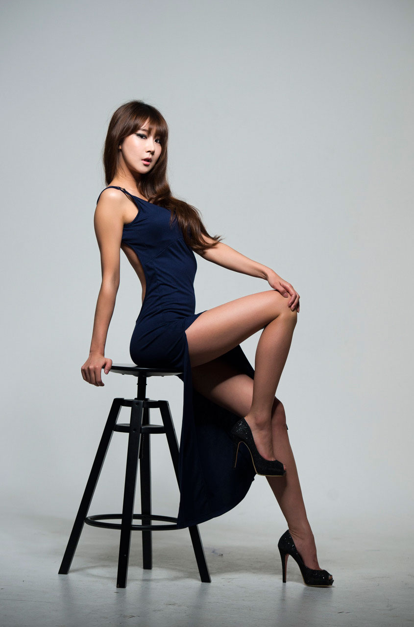 Park Hyun Sun studio photoshoot