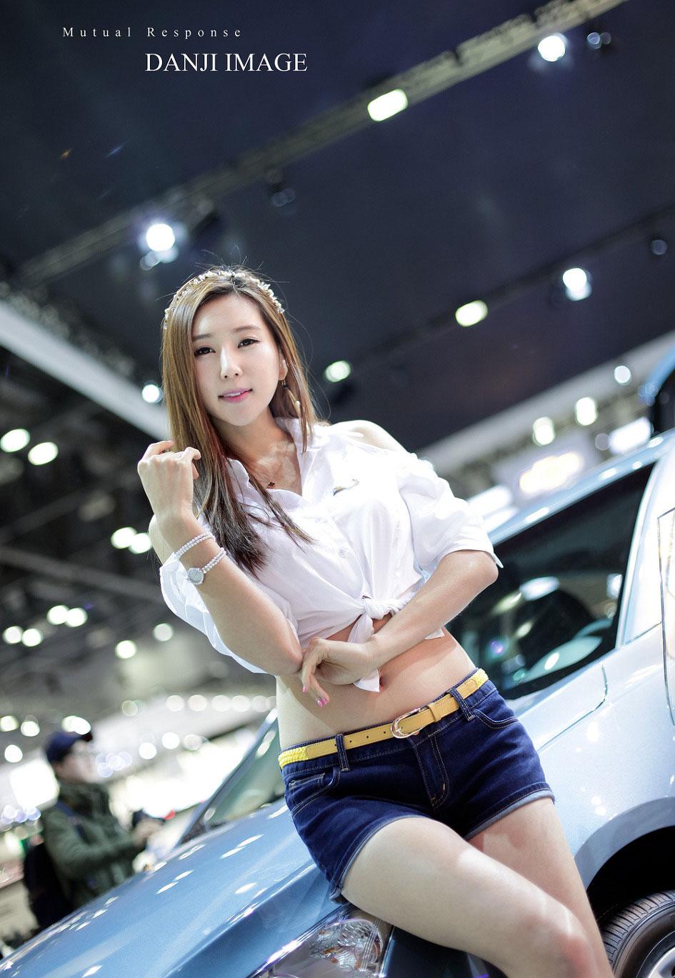 Choi Yu Jung Seoul Motor Show 2013 Chevrolet