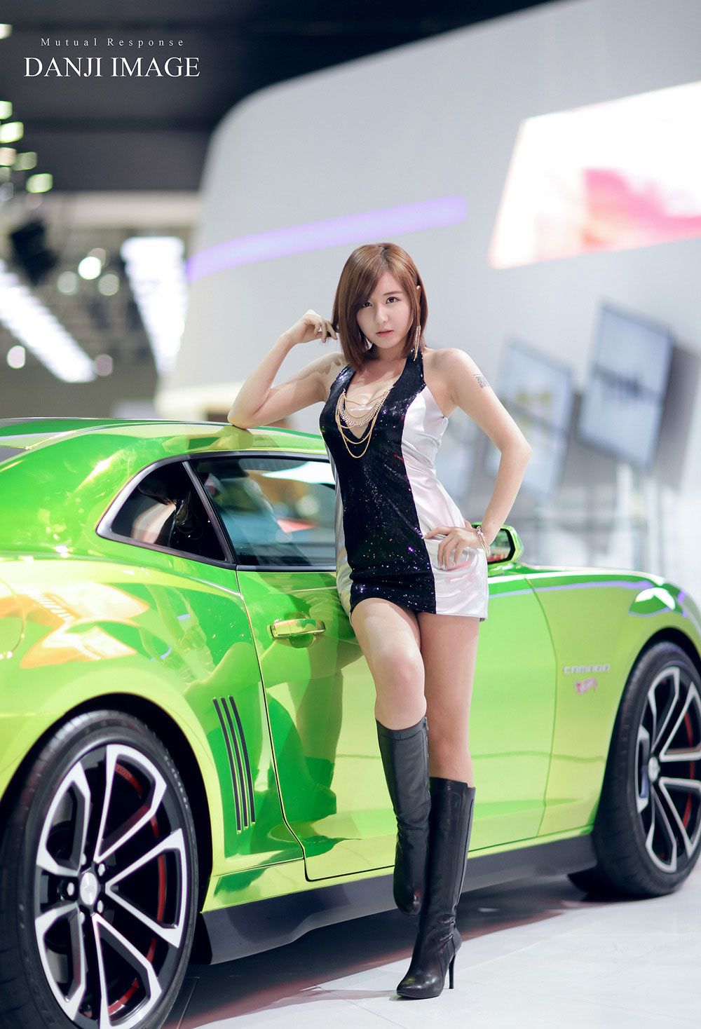 Ryu Ji Hye Seoul Motor Show 2013 Chevrolet