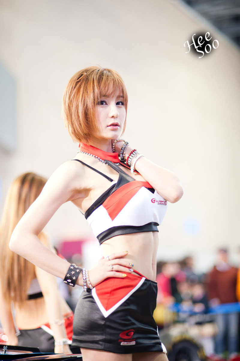 Park Soo Yu Seoul Motor Show 2013 Super GT