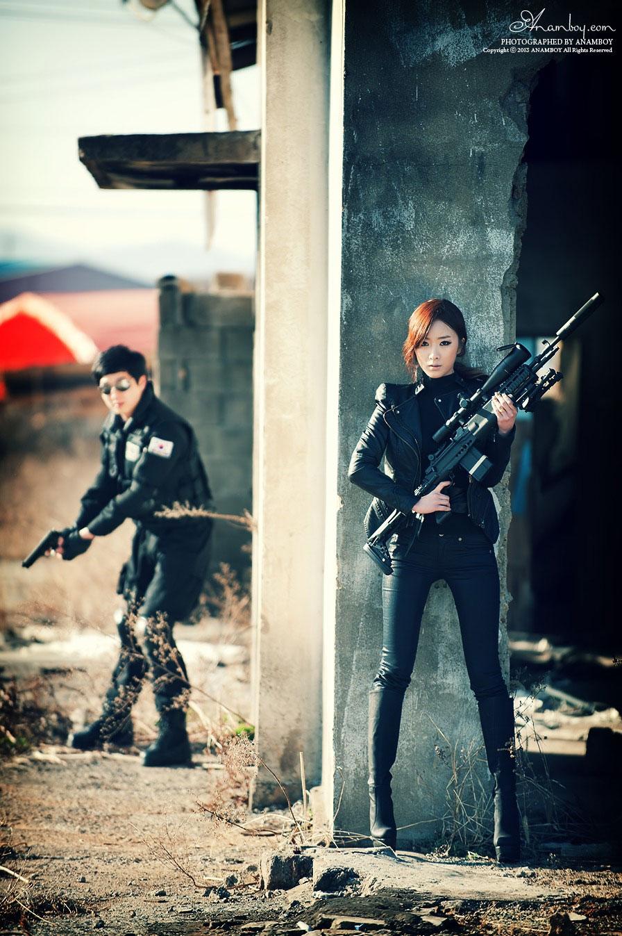 Korean model Minah secret agent style