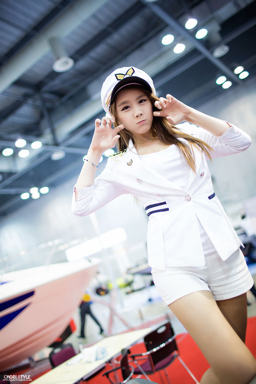 Kim Ha Eum Korea International Boat Show 2013