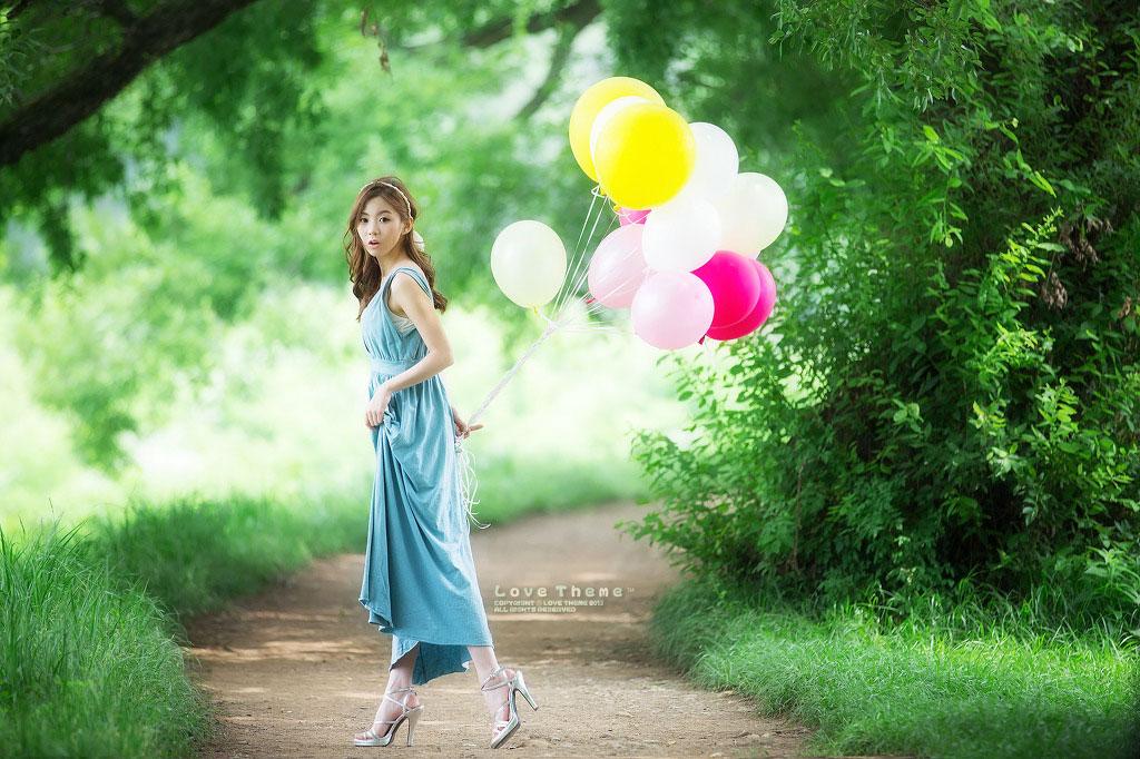 Korean model Chae Eun outdoor photoshoot