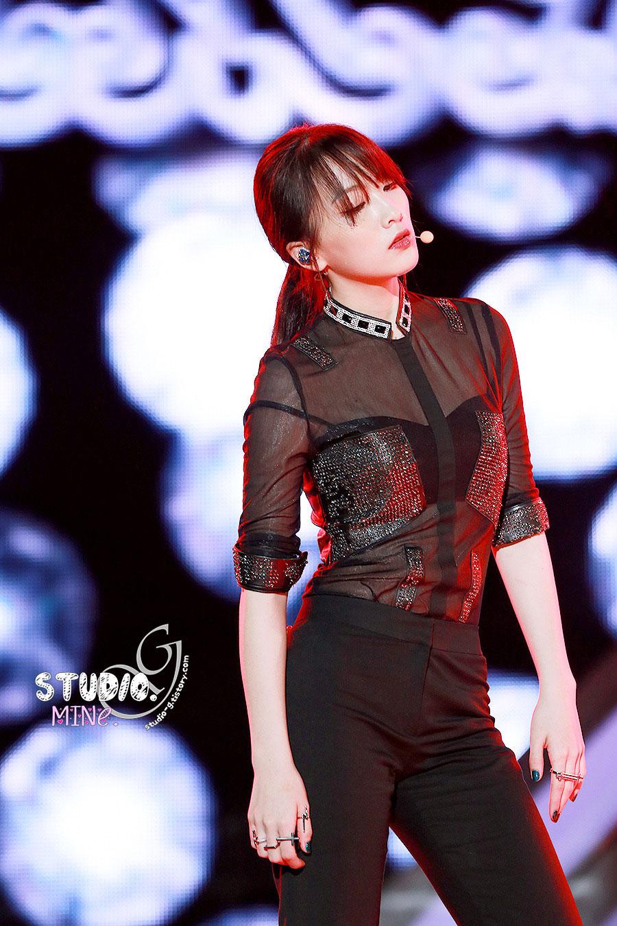 KARA Jiyoung Hallyu Dream Concert 2013