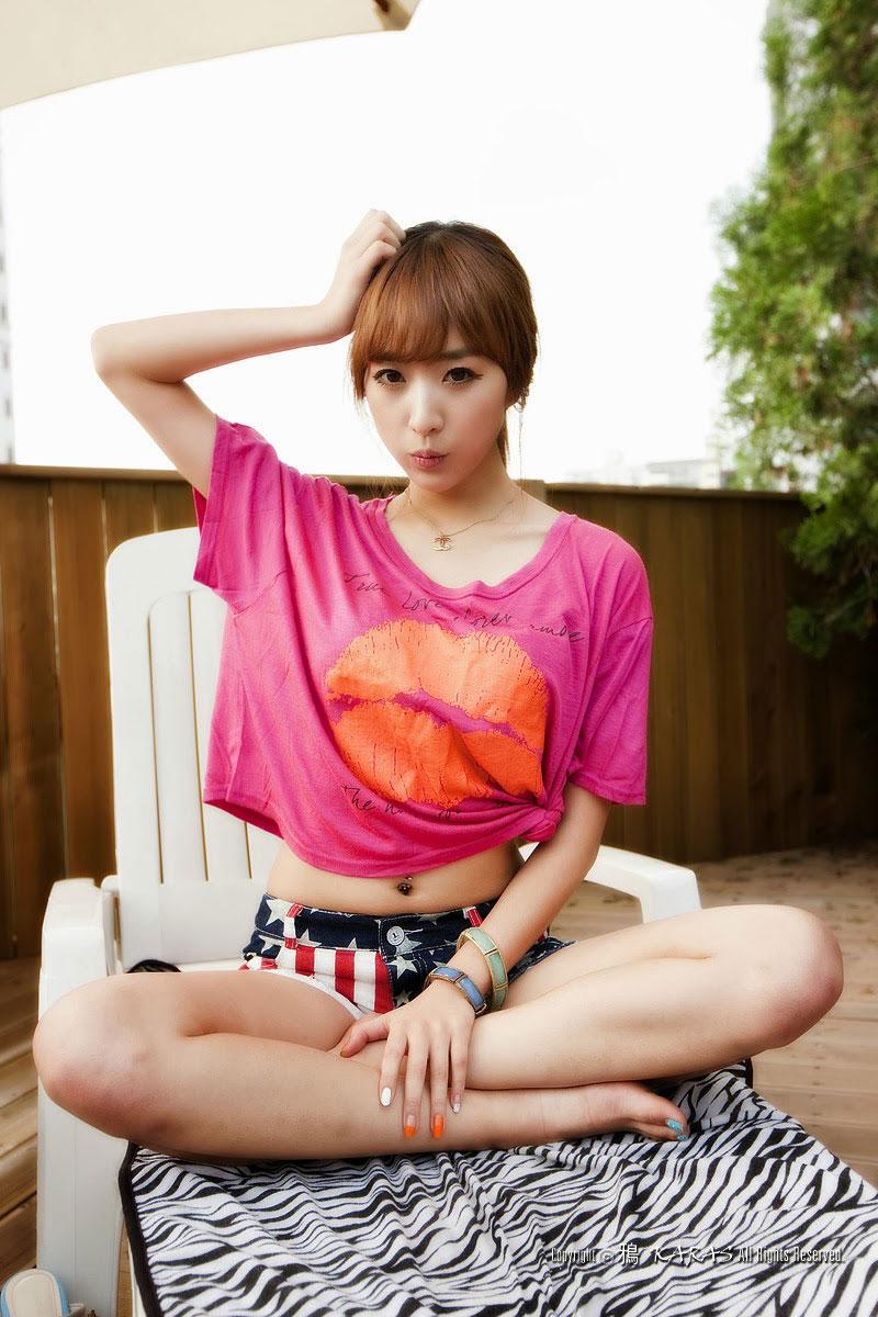 Korean model Minah poolside photoshoot