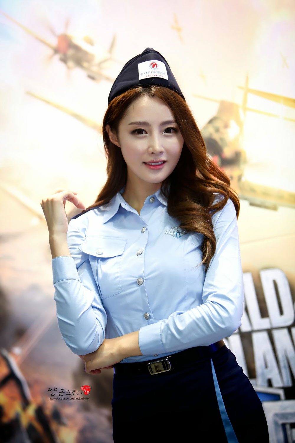 Eun Bin Seoul ADEX 2013 World of Warplanes