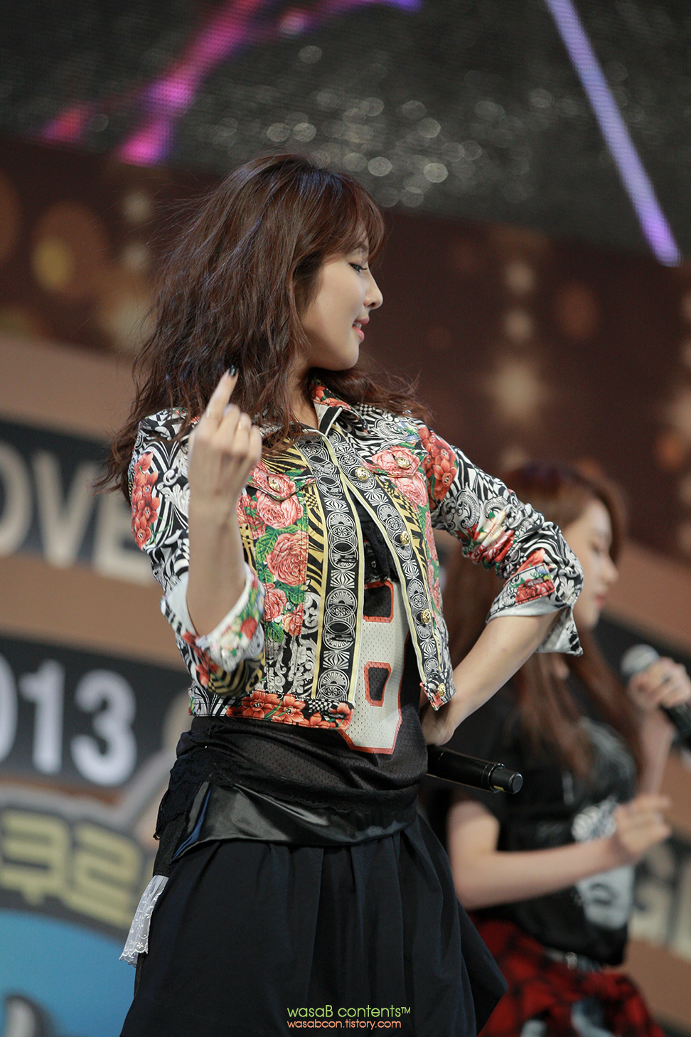 4Minute KBO Jihyun Golden Glove Awards 2013