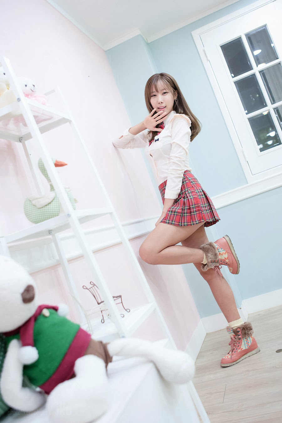 Cheon Bo Young Korean school girl cosplay