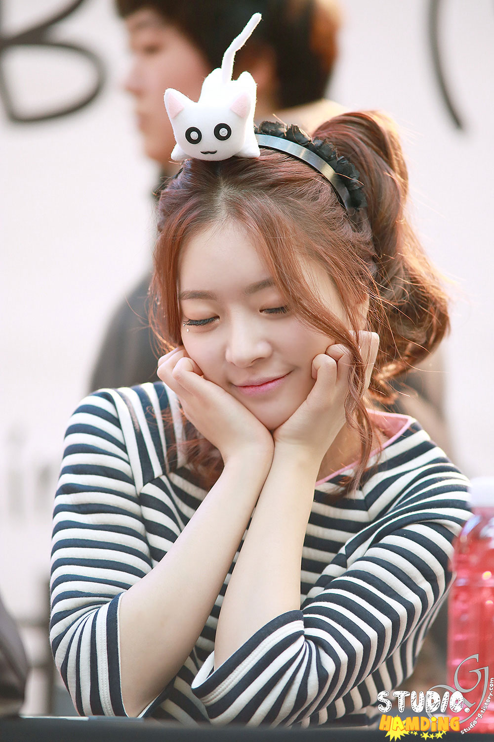 Dal Shabet Ah Young fansign event