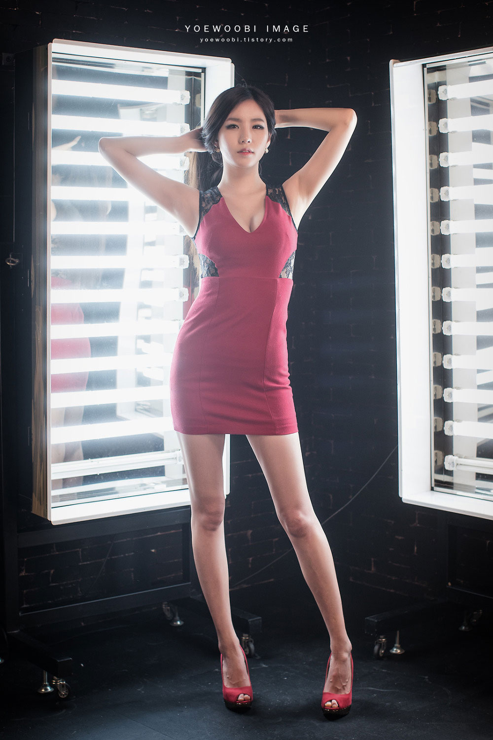 Model Lee Ji Min red mini dress