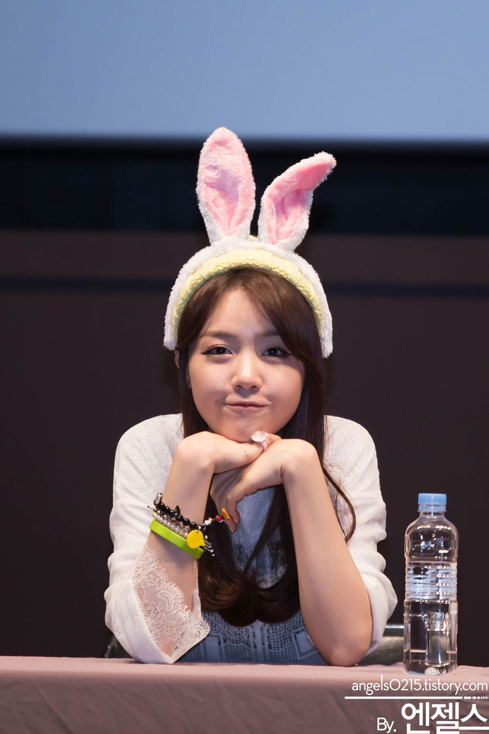 Girls Day Minah Something fansign event