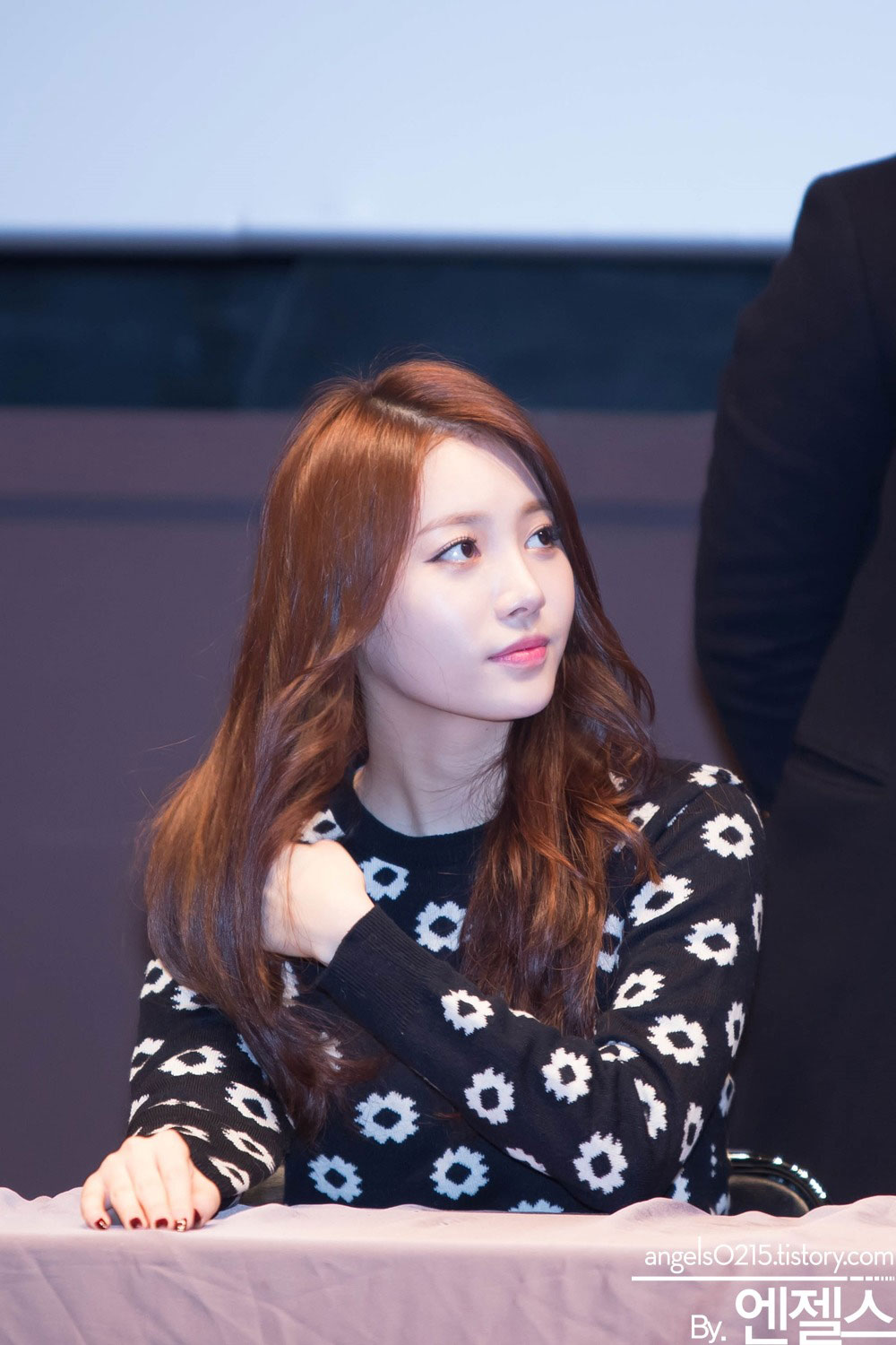 Girls Day Yura Something fansign event