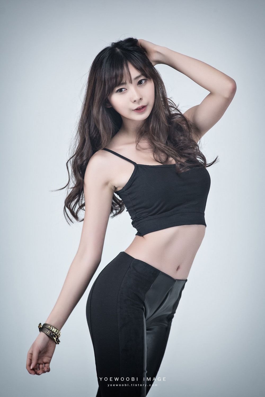 Korean model Seo Han Bit studio photoshoot
