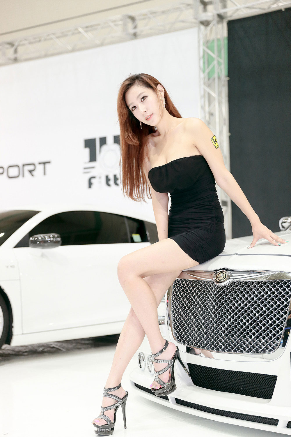 Model Tae Hee Seoul Auto Salon 2014