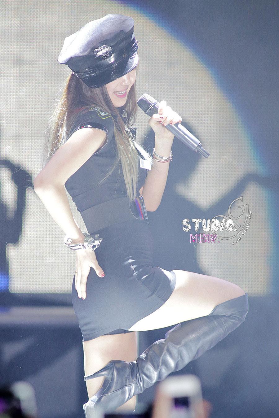 NS Yoon G INHA College Halloween Concert