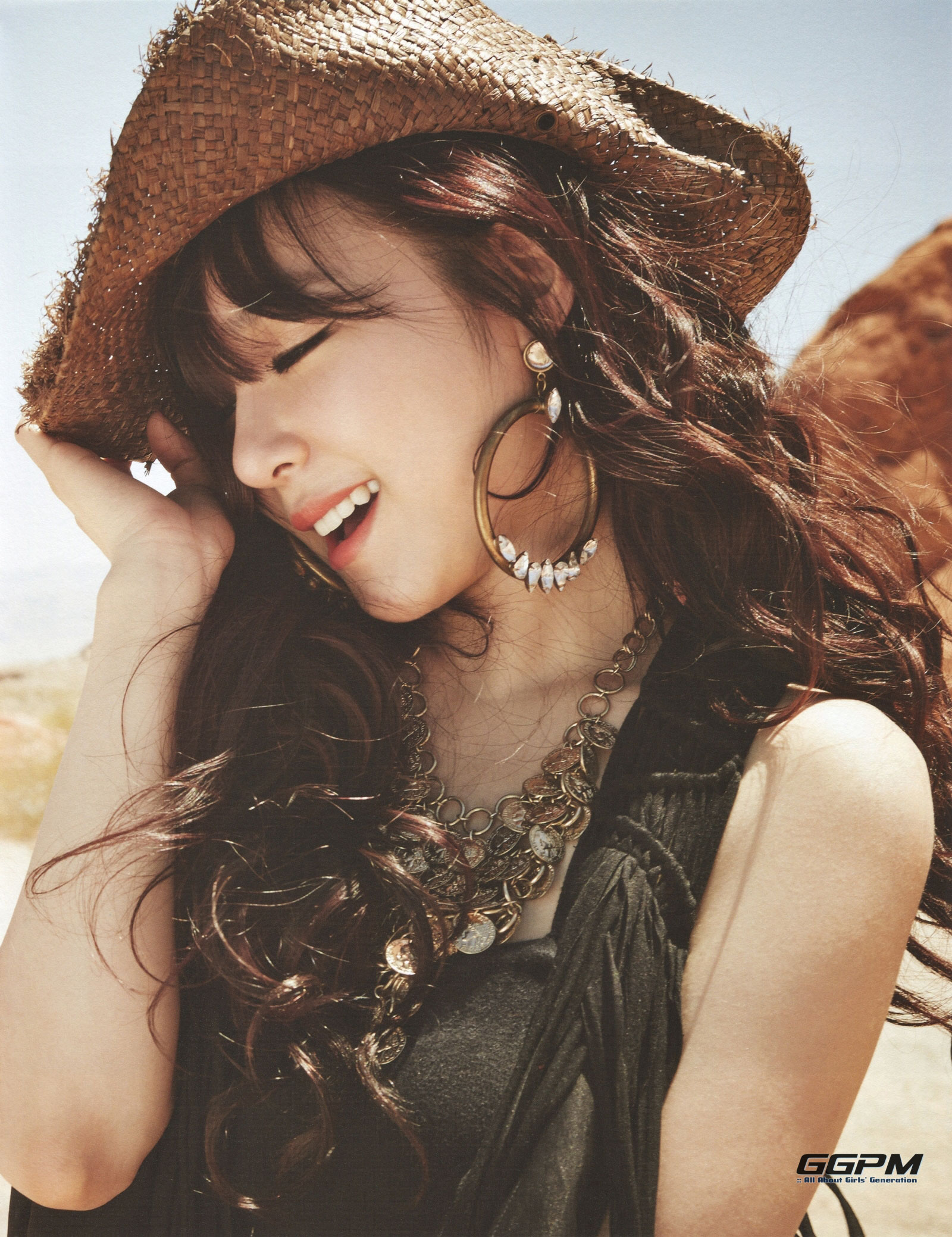 Girls Generation Tiffany 7th anniversary photobook