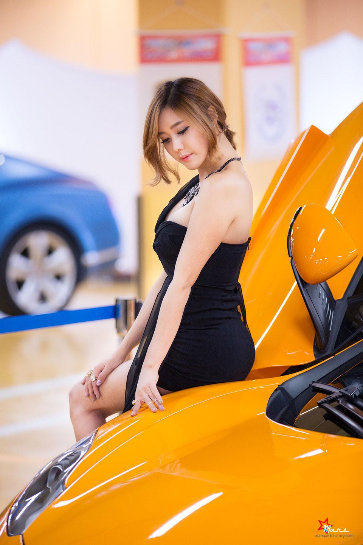 Kim Ha Yul Seoul Auto Gallery Motorshow 2014