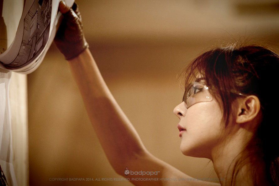 Korean carpenter model Park Hyun Sun