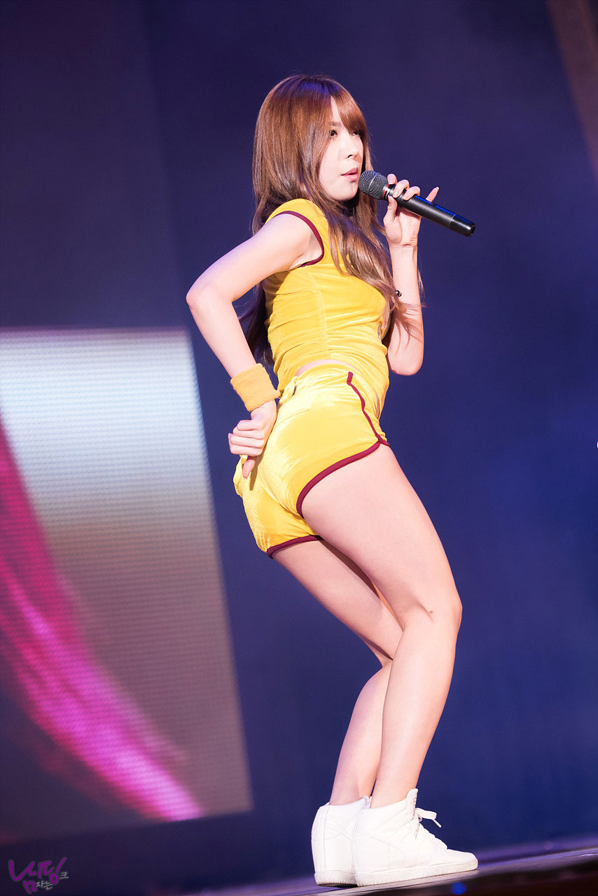 Hello Venus Alice Lotte World Happy Concert