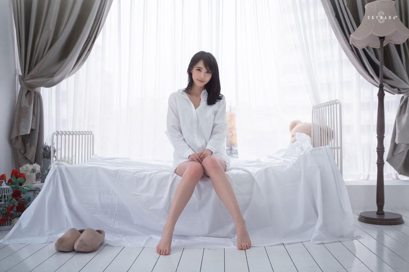 Korean model Kang Yui studio photoshoot