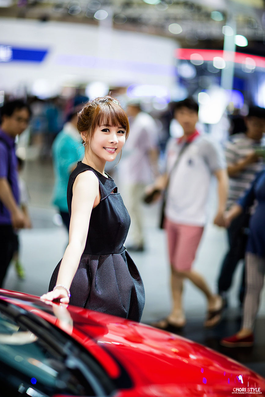 Kim Ji Min Busan International Motor Show 2014
