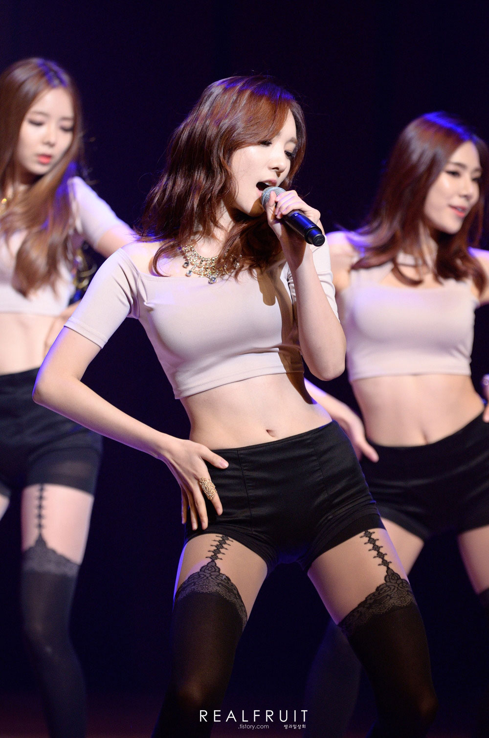 Popular Korean girls Stellar 2015