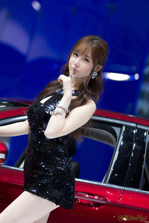 Choi Seul Gi Seoul Motor Show 2015 Ford Lincoln