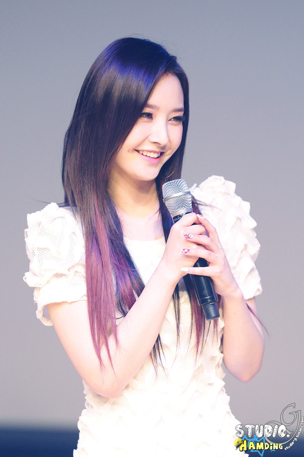 Dal Shabet Woohee Joker showcase Ilchi Art Hall