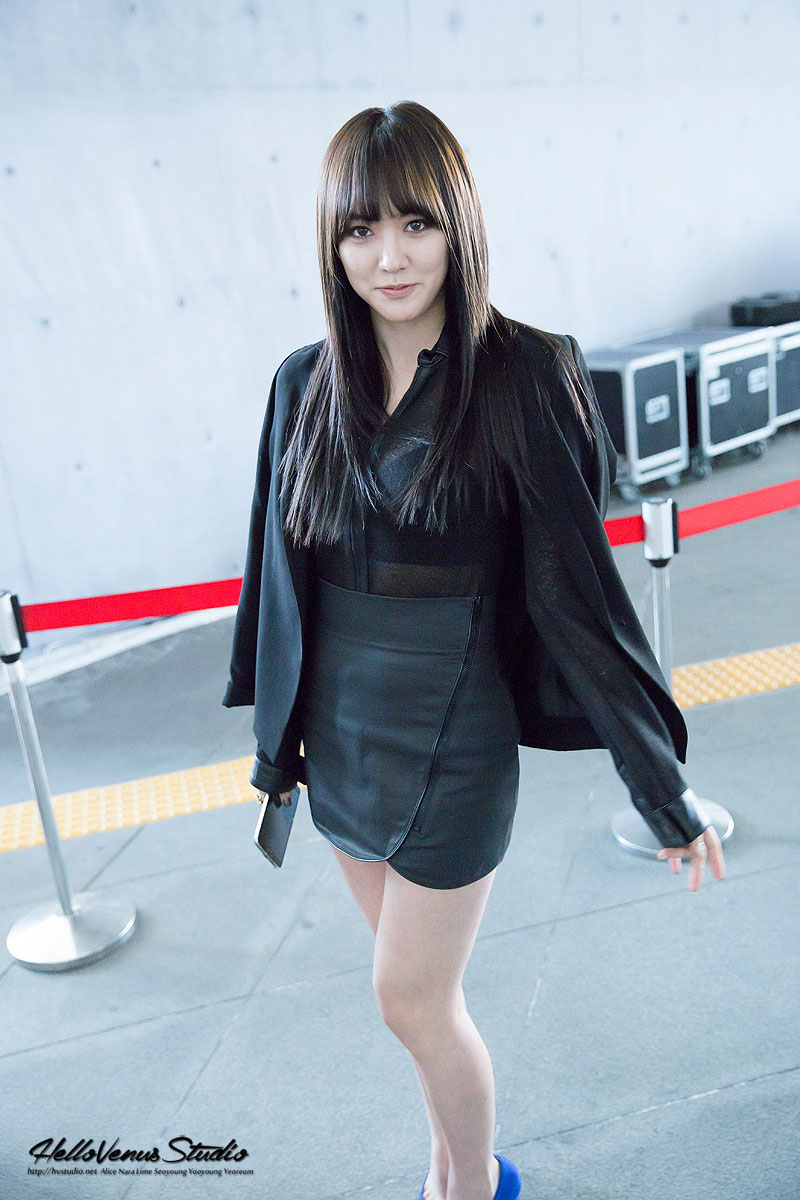 Hello Venus Lime Seoul Fashion Week 2015