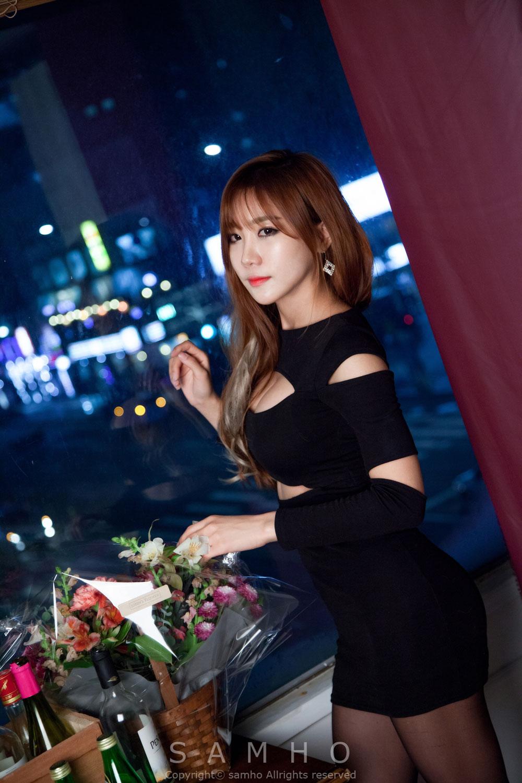 Model Yoon Chae Won studio photoshoot
