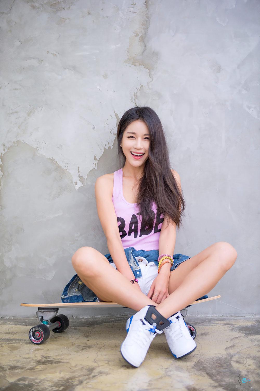 Park Si Hyun images