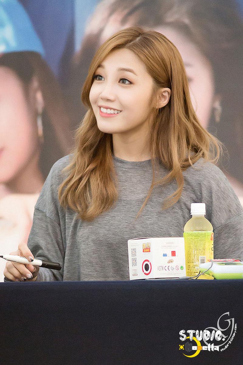 Apink Eunji Pink Memory fansign event