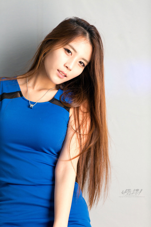 Model Cha Jung Ah studio photoshoot