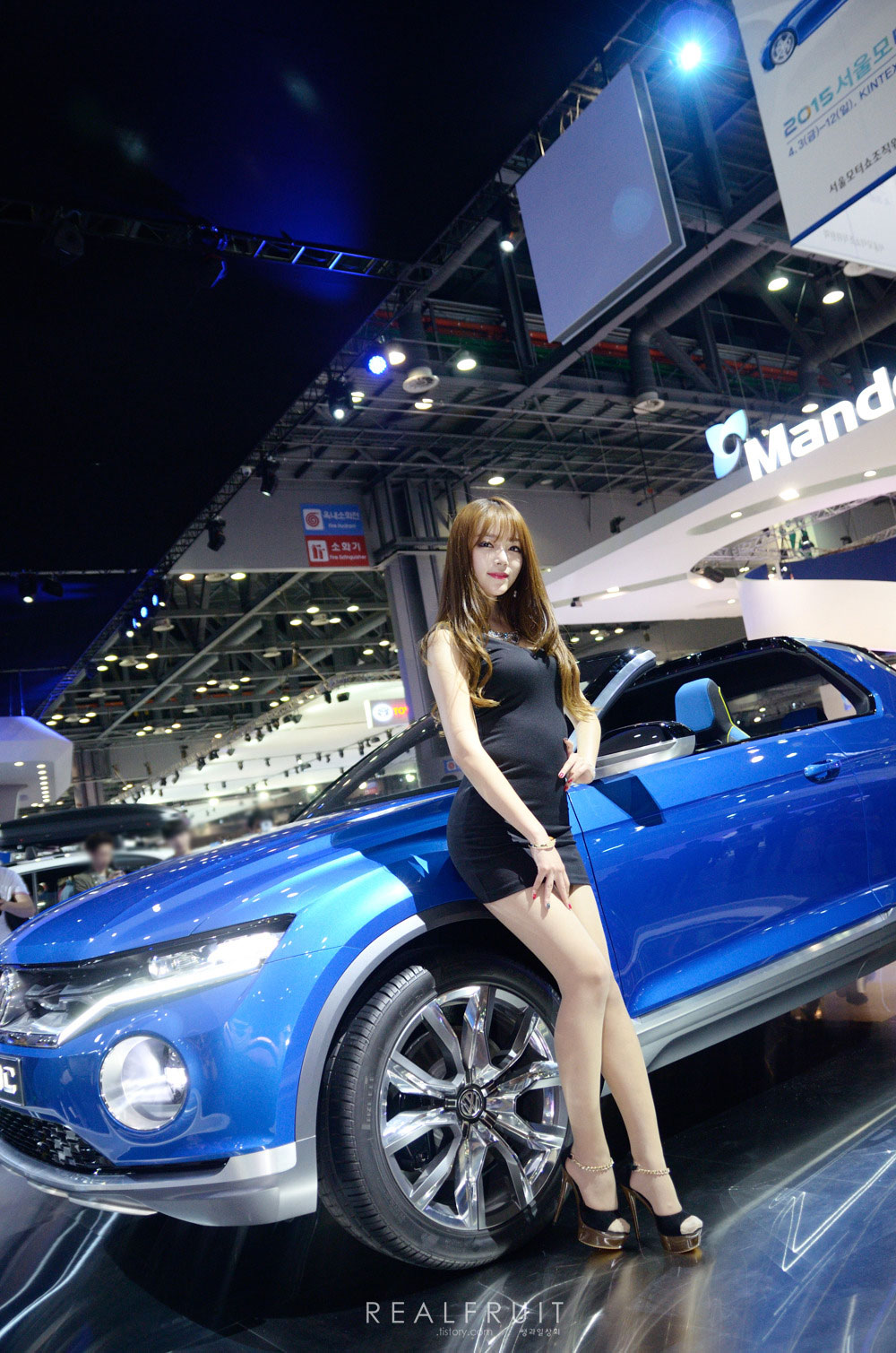 Han Ji Yeon Seoul Motor Show 2015 Volkswagen