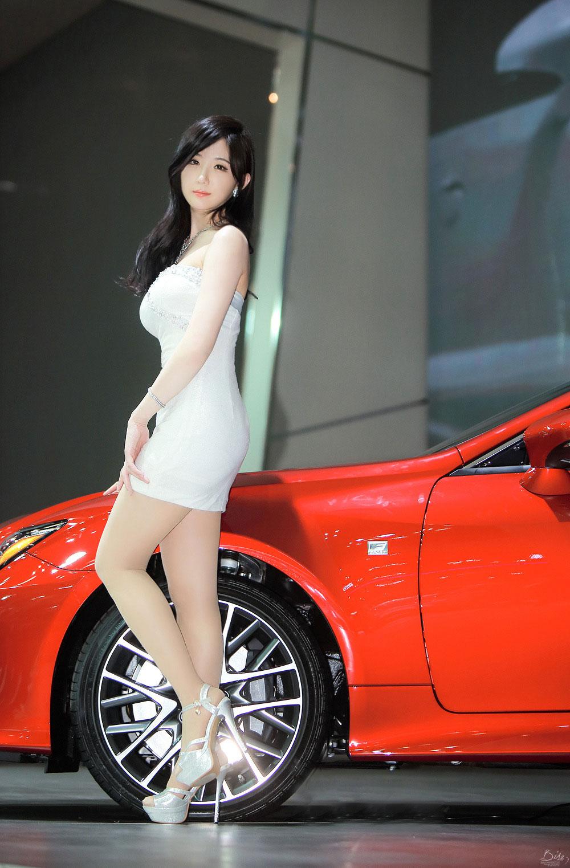 Yeon Da Bin Seoul Motor Show 2015 Lexus
