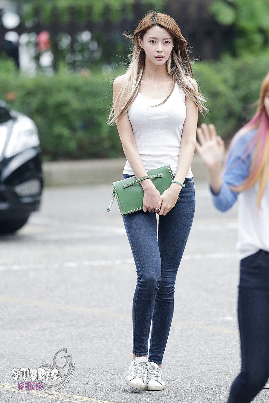 Hello Venus Nara KBS Music Bank