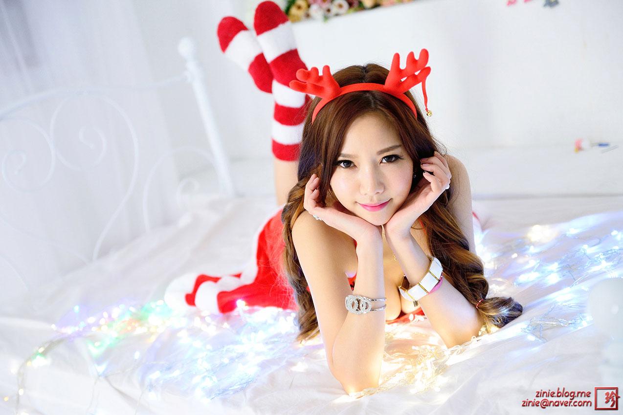 Han Min Young Christmas studio photoshoot
