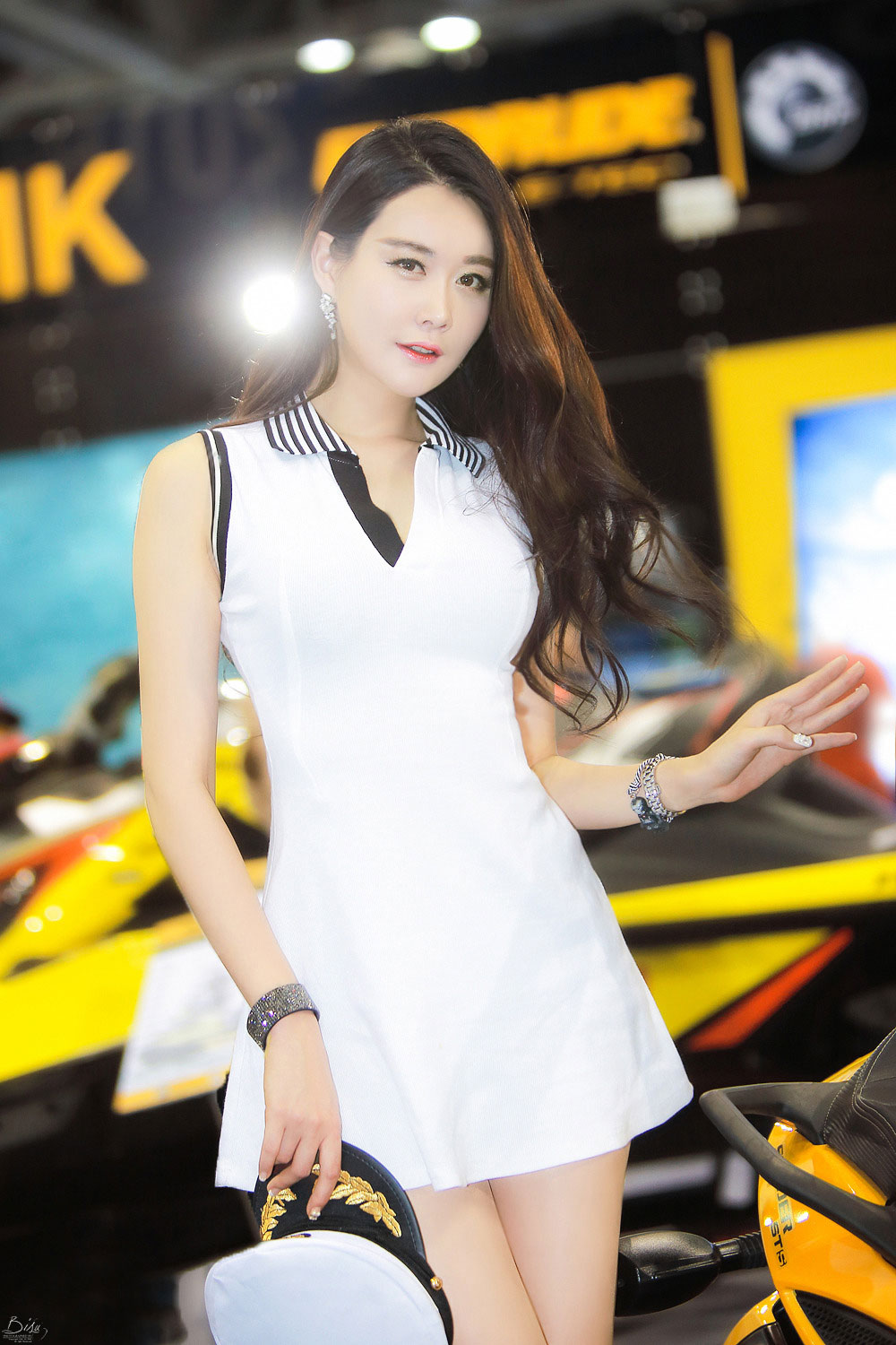 Eun Ha Young Korea International Boat Show 2015