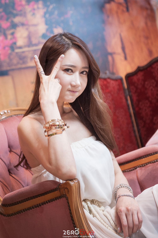 Model Han Chae I KOBA Show 2015