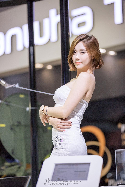 Kim Ha Yul Seoul ADEX 2015 Hanhwa