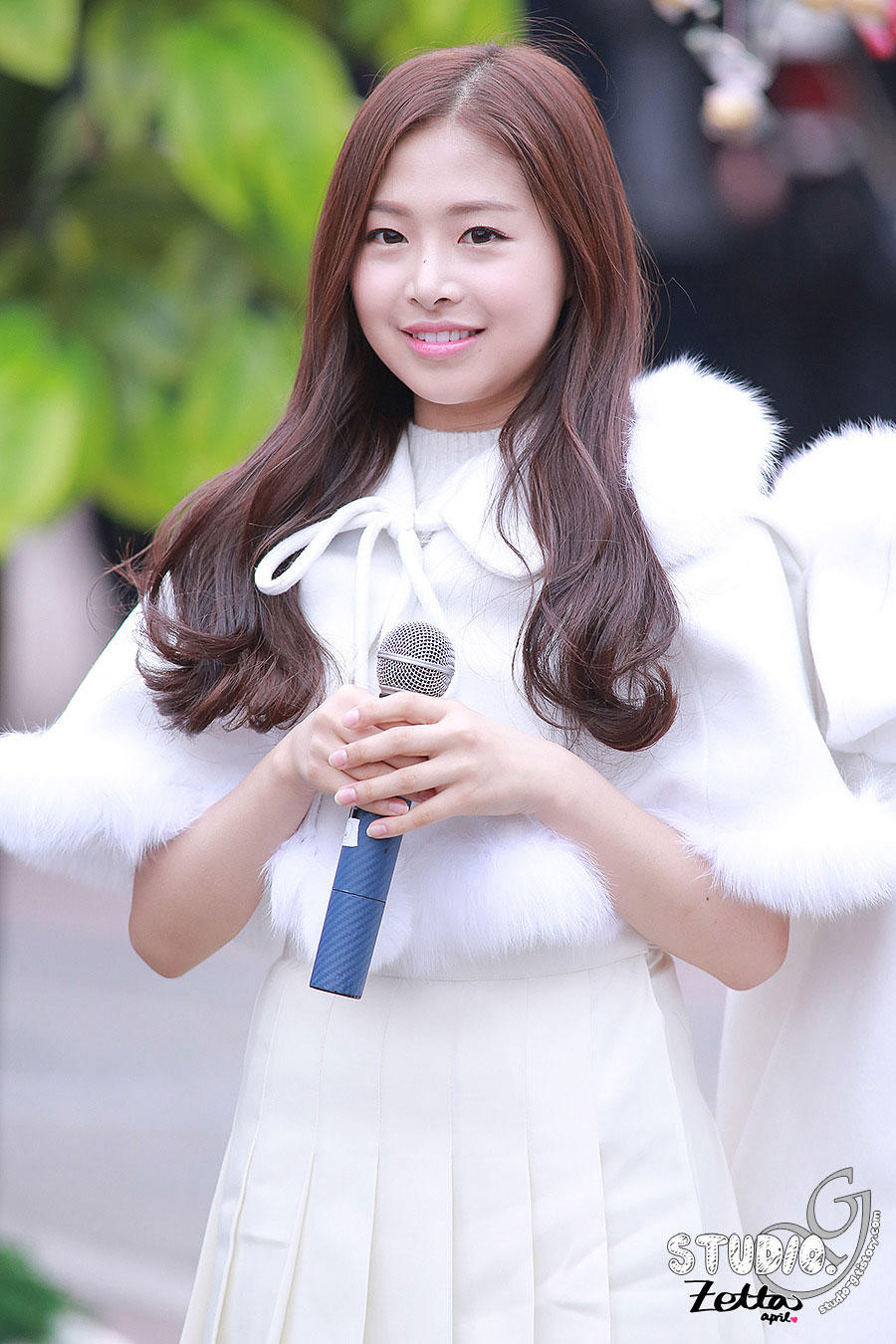April Chaewon Hongdae Mobile Pop Event