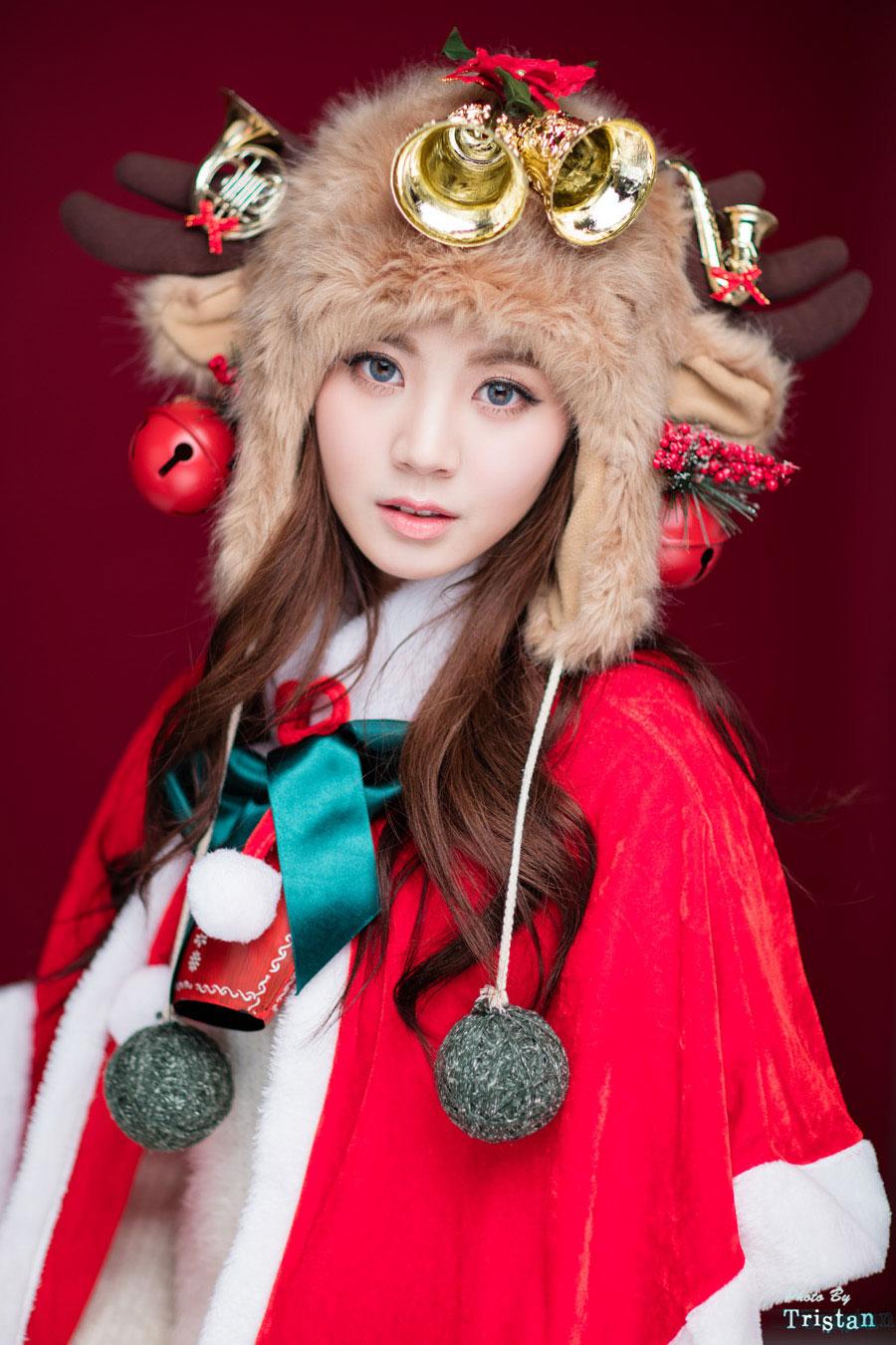 Cute studio photoset of Korean model Rock Chae Eun (락채은) in ...