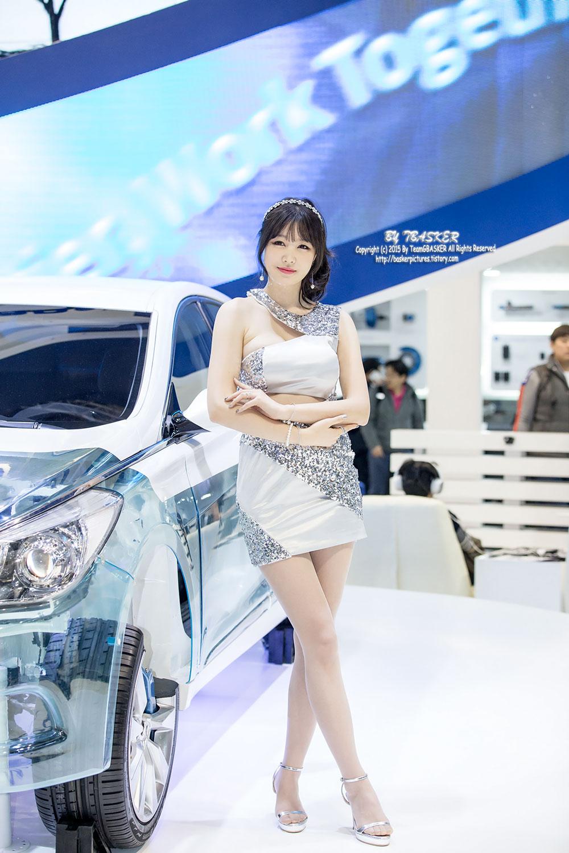 Hong Ji Yeon Seoul Motor Show 2015 Mando