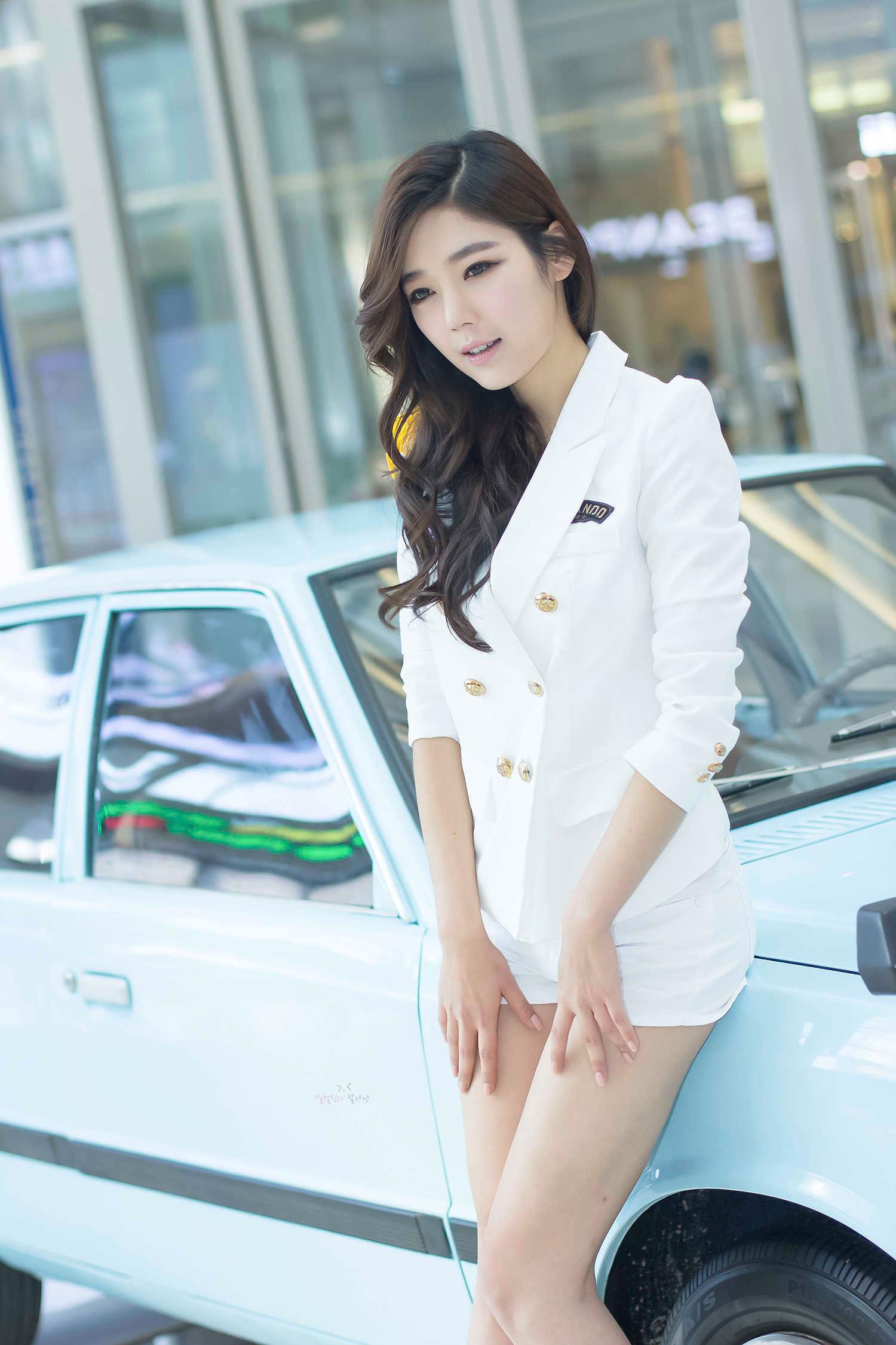 Jo Sang Hi Hyundai Pony Festival