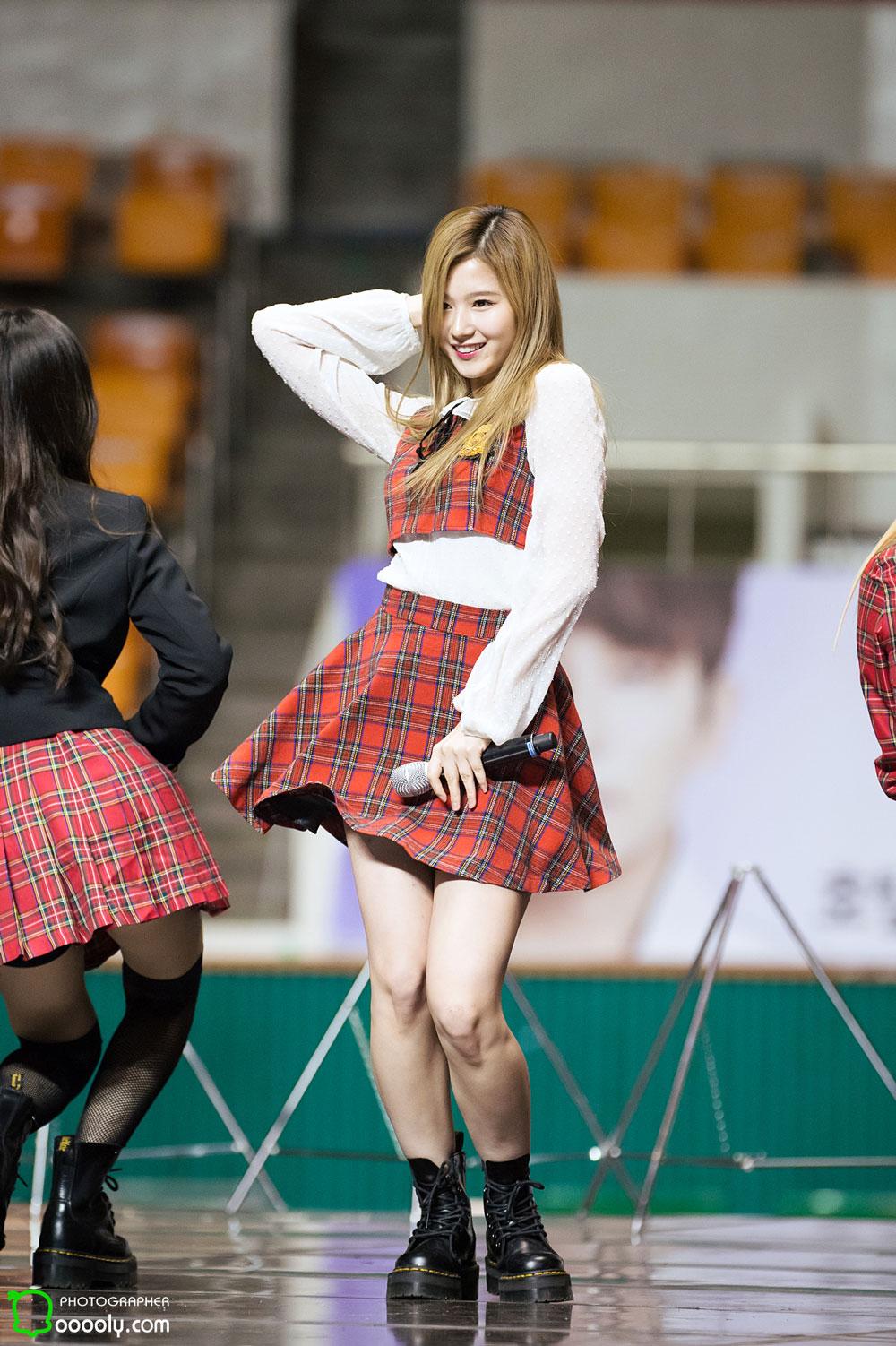 wtice korean girls