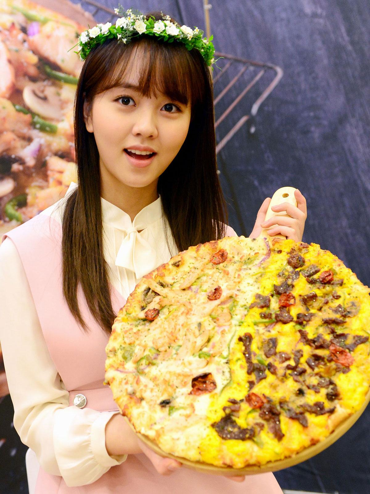 Kim So Hyun Dominos Pizza Korean promotion event