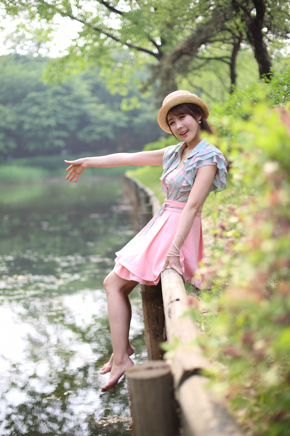 Korean model Kim Ji Min outdoor